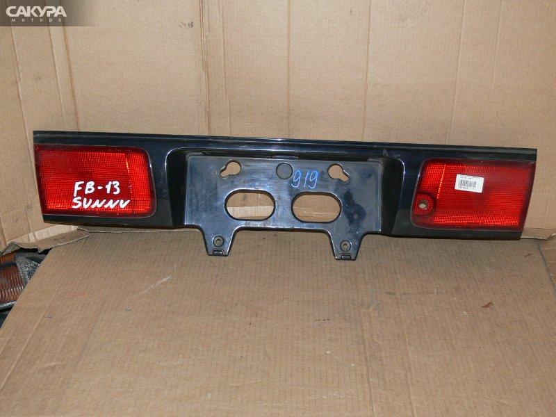 Фонарь вставка багажника Nissan Sunny B13  Красноярск Сакура Моторс