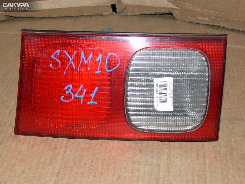 Фонарь вставка багажника Toyota Ipsum SXM10G  Красноярск Сакура Моторс