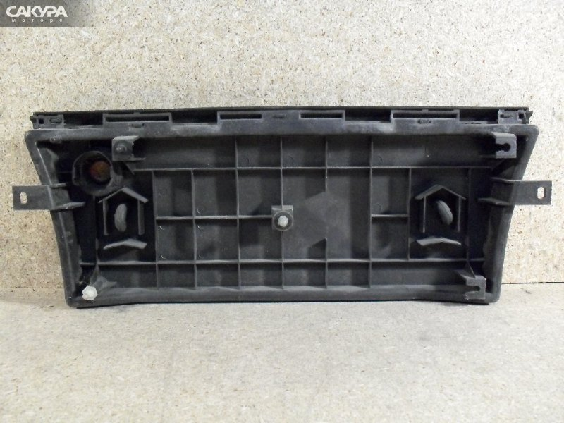 Фонарь вставка багажника Toyota Cresta GX90  Красноярск Сакура Моторс