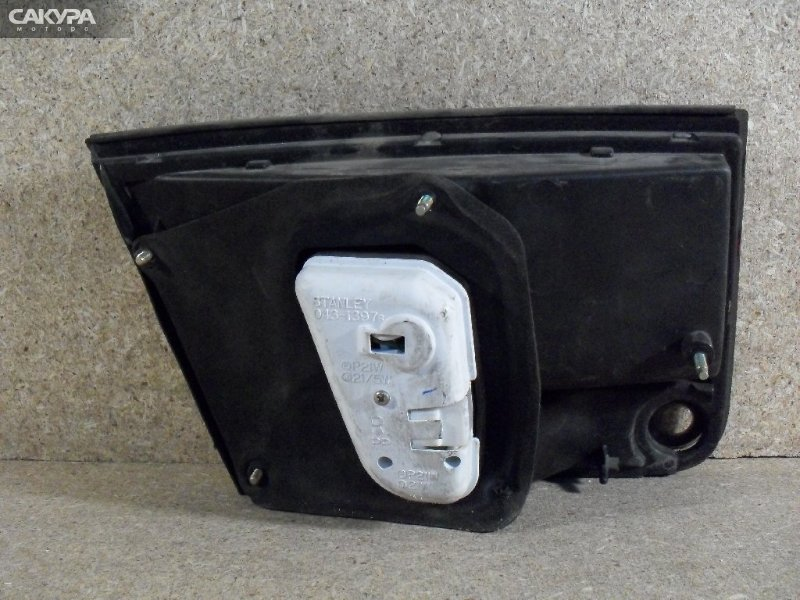 Фонарь вставка багажника Mazda Cronos GE8P  Красноярск Сакура Моторс