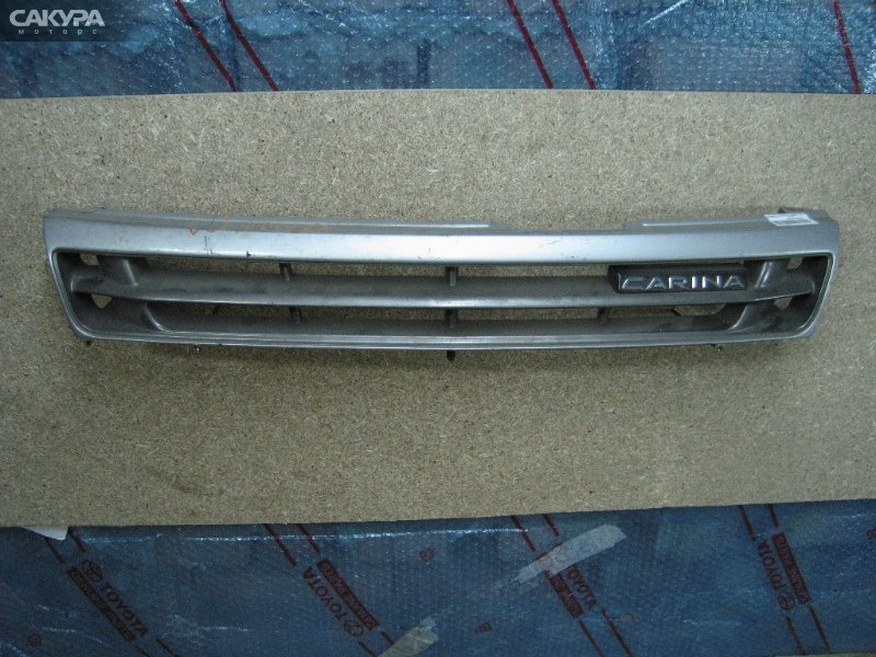 Решетка радиатора Toyota Carina AT190  Красноярск Сакура Моторс