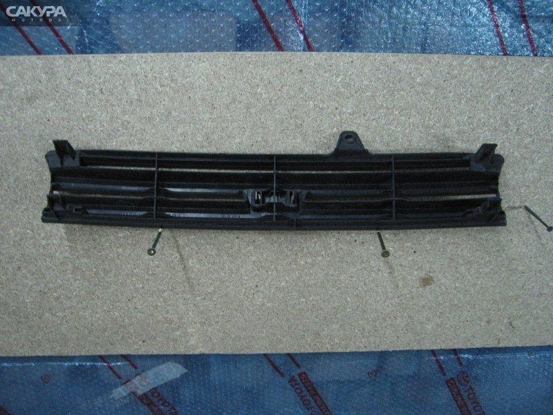 Решетка радиатора Toyota Corolla II EL51  Красноярск Сакура Моторс