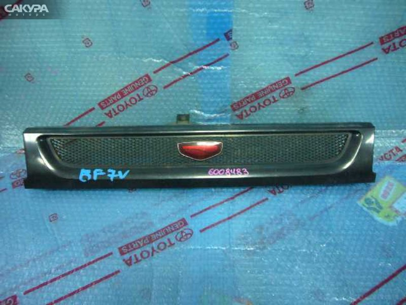 Решетка радиатора Mazda Familia BF7V  Красноярск Сакура Моторс
