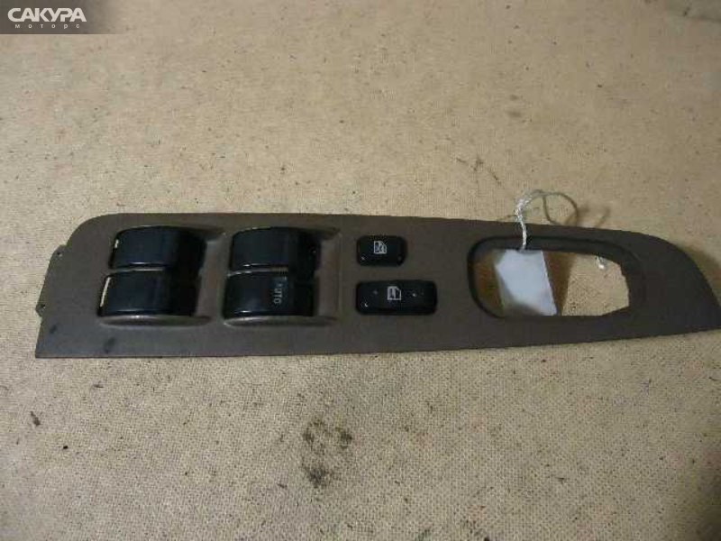 Кнопки в салон Toyota  SV42  Красноярск Сакура Моторс