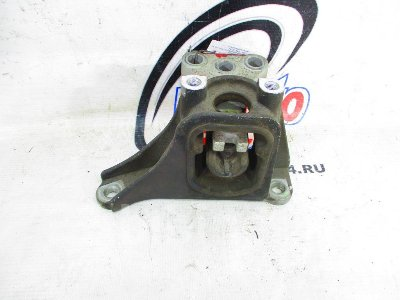 Купить Подушку двигателя на Honda Cross Road RT3 R20A левую  в Красноярске