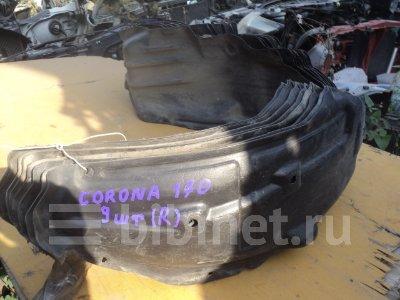 Купить Подкрылок на Toyota Carina ST170 передний правый  в Красноярске