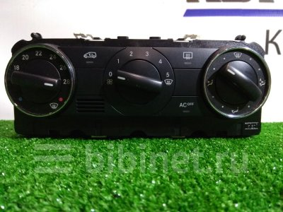 Купить Блок управления климат-контролем на Mercedes-Benz A170 169.032  в Красноярске