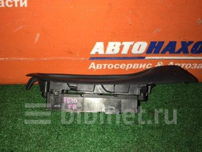 Купить Блок управления стеклоподъемниками на Nissan Bluebird Sylphy QG10 QG18DE передний правый  в Красноярске