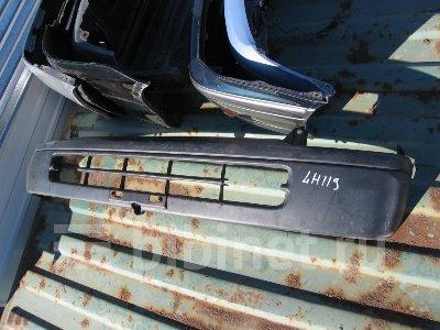 Купить Бампер на Toyota Hiace LH119V передний  в Благовещенске