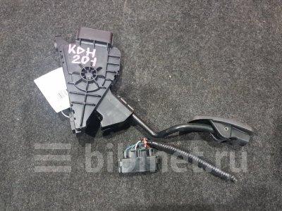 Купить Педаль на Toyota Hiace 2014г.  в Иркутске