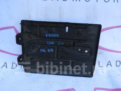 Купить Полку под аккумулятор на Toyota Hiace KZH106G 1KZ-TE  во Владивостоке