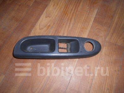 Купить Накладку двери на Renault Symbol переднюю левую  в Тюмене