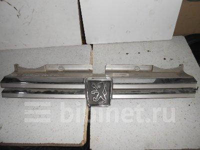 Купить Решетку радиатора на Peugeot 605 1993г.  в Минске