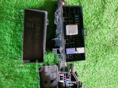 Купить Блок реле и предохранителей на Toyota Hiace 2005г. KDH205K 2KD-FTV  в Уссурийске