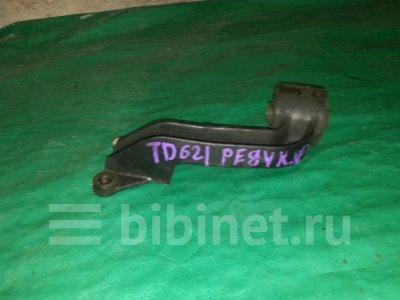 Купить Подушку редуктора на Suzuki Escudo 2001г. TA02W H25A  в Новосибирске