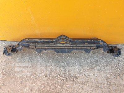 Купить Решетку радиатора на Citroen C4 2011г. B7  в Липецке